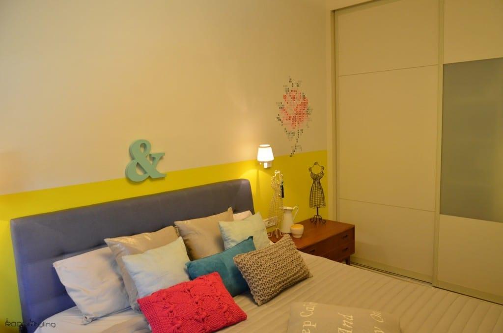עיצוב חדרי שינה עם שבלונה של ורד