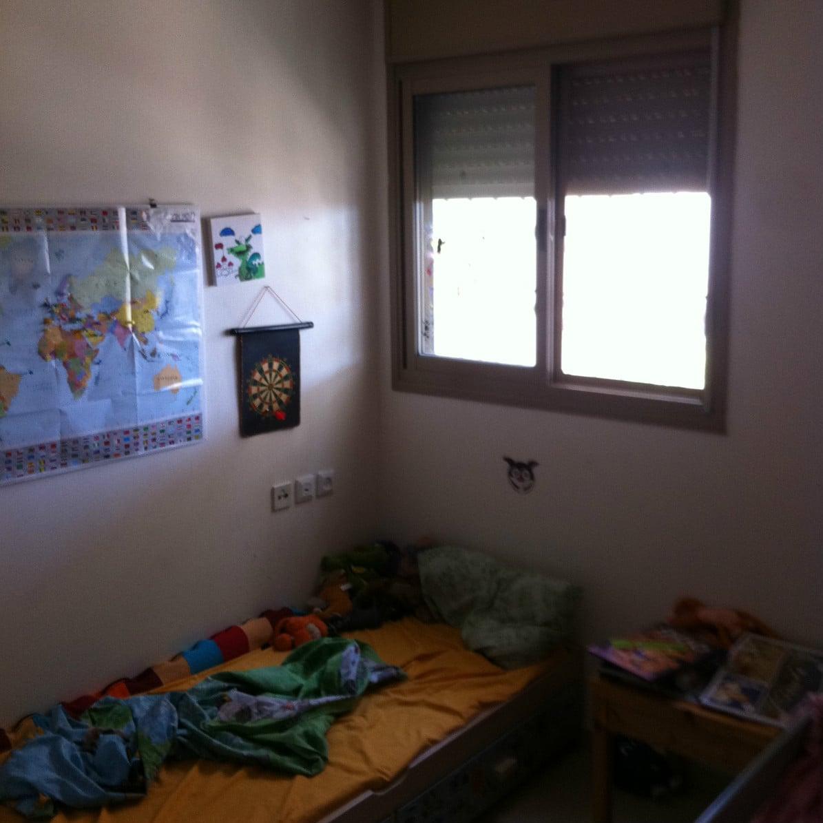Before-הום סטיילינג חדר ילד 3